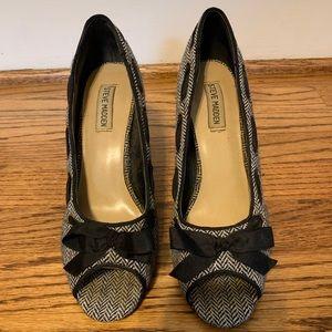 Steve Madden Shoes - Steve Madden Peep Toe Pumps